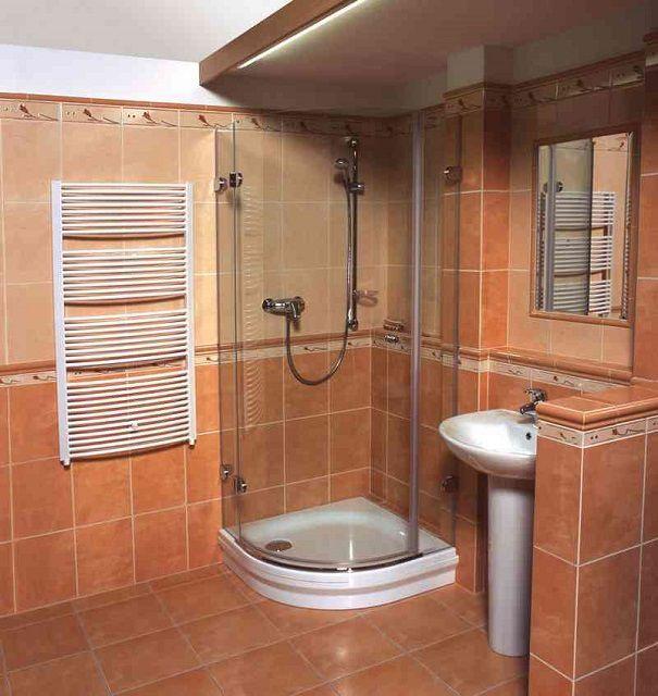 Все чаще привычным атрибутом ванной комнаты становятся душевые кабинки