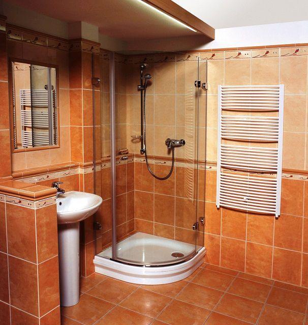Помещение расширено за счет объединения ванной и туалета