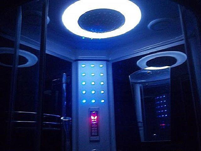 Оригинальная внутренняя подсветка кабинки