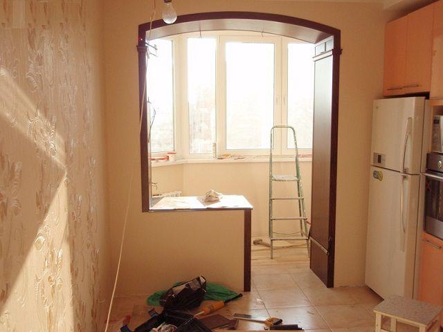 Пример обустройства проема выхода на утепленную лоджию без использования двери