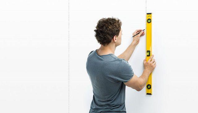 Опорные линии должны быть точно выверены по вертикали и горизонтали