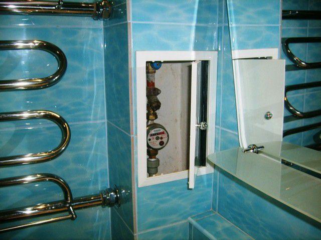 Смотровая дверца короба-шкафа для коммуникаций должна обеспечивать свободный доступ к вентилям и приборам учета расхода воды