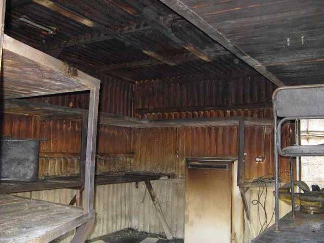 Последствия пожара - пенополиуретан не дал распространиться огню