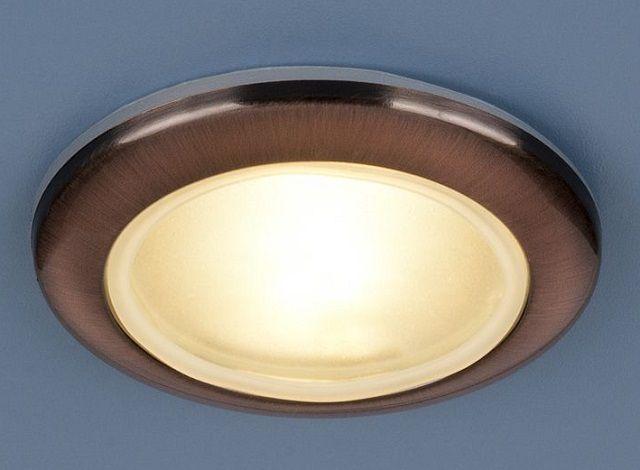 Для помещений с повышенной влажностью потребуются специальные точечные светильники