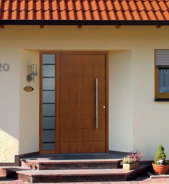 Входная дверь каркасного типа
