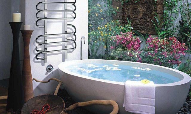 """Модели класса """"люкс"""" подойдут к любому стилю интерьера ванной"""