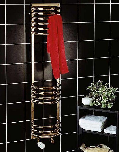 Наиболее эффективны в действии - полотенцесушители с водяным или электрическим подогревом