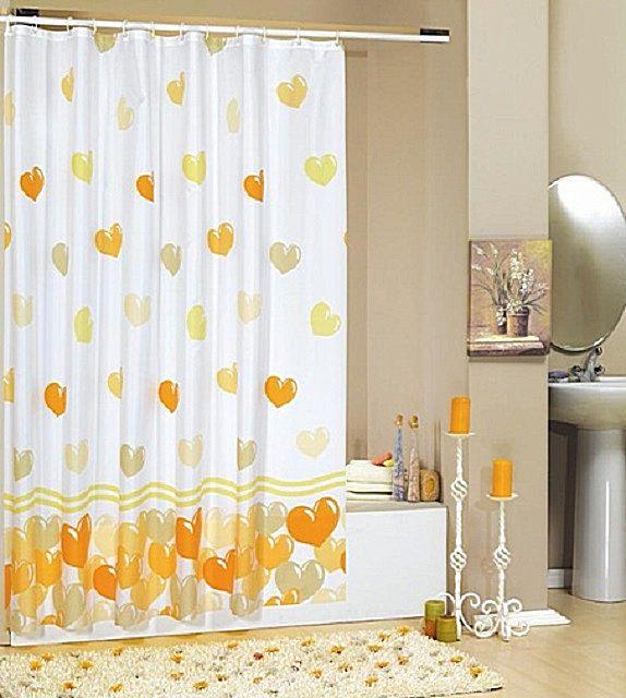 Еще один элемент, без которого не обходится ни одна ванная комната - шторы