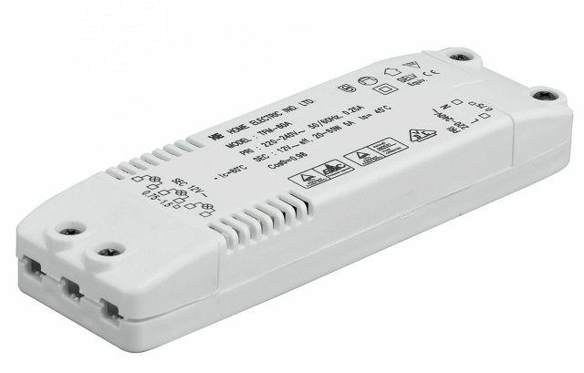 Нередко в цепи питания точечных светильников необходим трансформатор