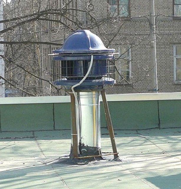 В частном домостроении часто используются крышные вентиляторы