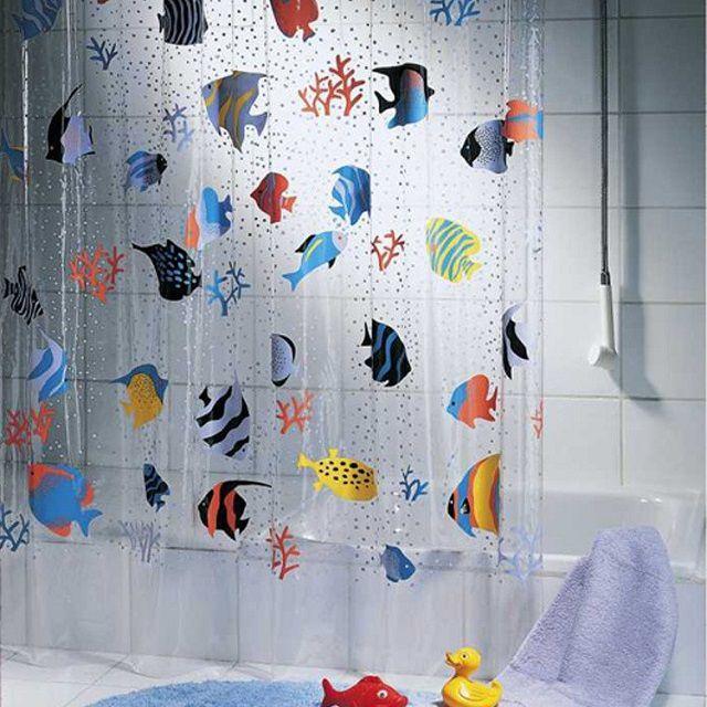 Детям наверняка понравится этот яркий рисунок с тропическими рыбками