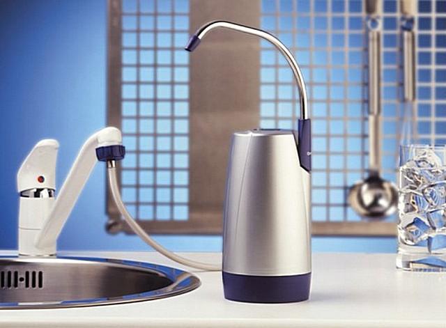 Фильтр для воды настольного исполнения