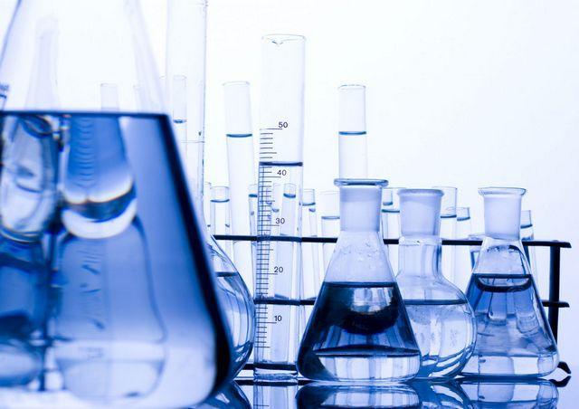 Самое правильное решение - провести лабораторное исследование воды из своего источника