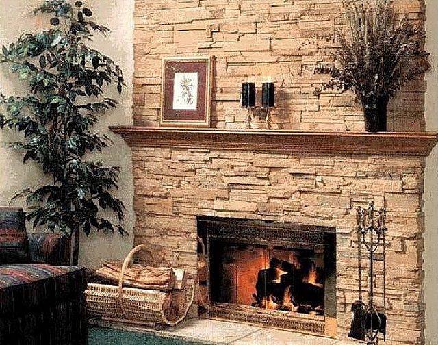 Камин или печь можно покрыть прозрачным термостойким лаком, который сохранит природный вид камня