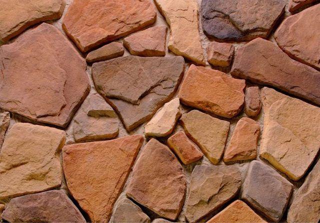 В состав формовочного раствора для изготовления искусственного камня могут входить различные компоненты