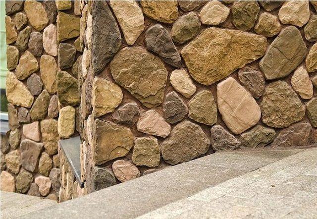 В первую очередь, искусственный камень должен быть действительно похож на настоящий