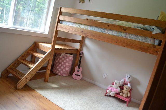 Несложная в изготовлении кровать-чердак
