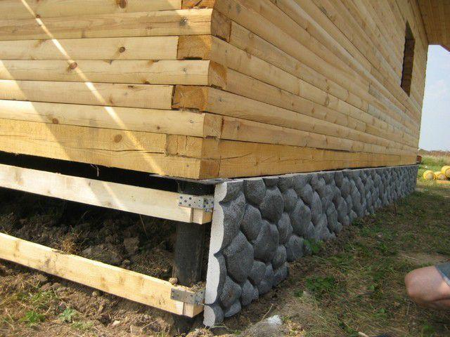 Можно использовать и деревянный каркас