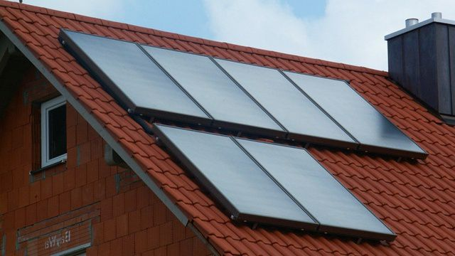 Работа солнечного коллектора очень зависима и от времени суток, и от погоды