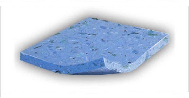 Гомогенный линолеум, как правило, однотонный, только лишь с цветовыми вкраплениями.