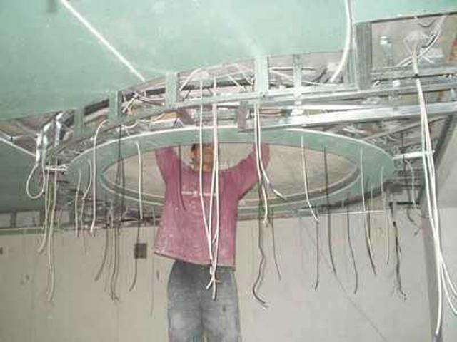 Такую электропроводку невозможно сделать без схемы