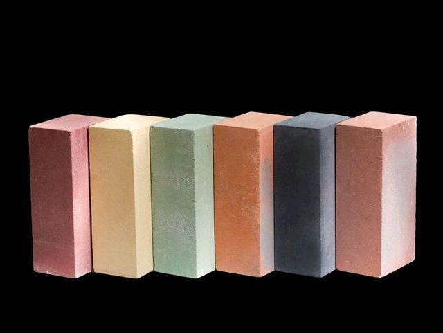 Разнообразие возможных расцветок силикатных кирпичей