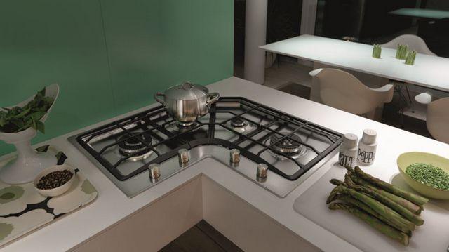 Модель, специально разработанная для размещения в угловой части кухни