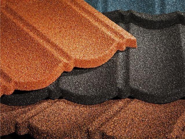 Посыпное минеральное покрытие отлично имитирует натуральность материала