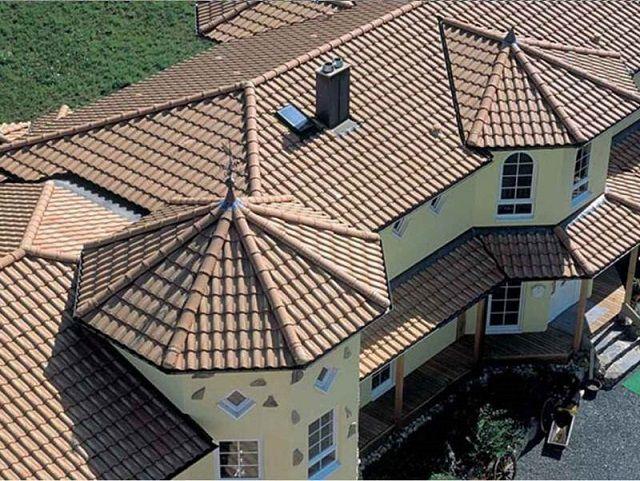 Сочетание нескольких типов стропильных систем на одной крыше
