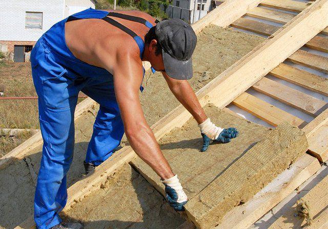 Как утеплить крышу дома своими руками