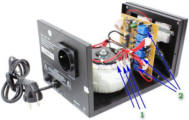 Принципиальное устройство небольшого релейного стабилизатора напряжения
