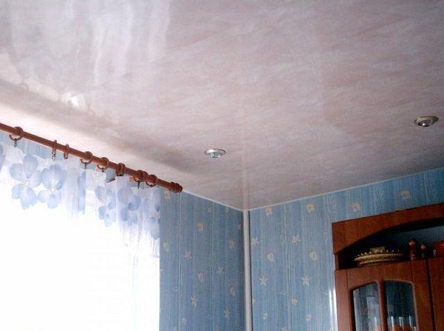 Пластиковые потолки – это гарантия отсутствия пыли на них
