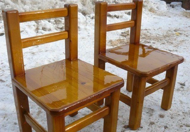 Проверенная временем модель – массивный деревянный стул