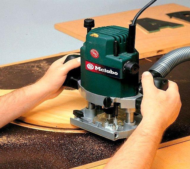 Ручной фрезер – универсальный инструмент в руках матера