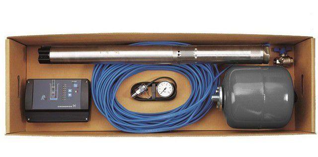 Пример качественной комплектации погружного скважинного насоса – с реле давления, блоком автоматики и гидроаккумулятором.
