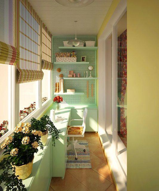 Очень уютный кабинет-мастерская для хозяйки-умелицы