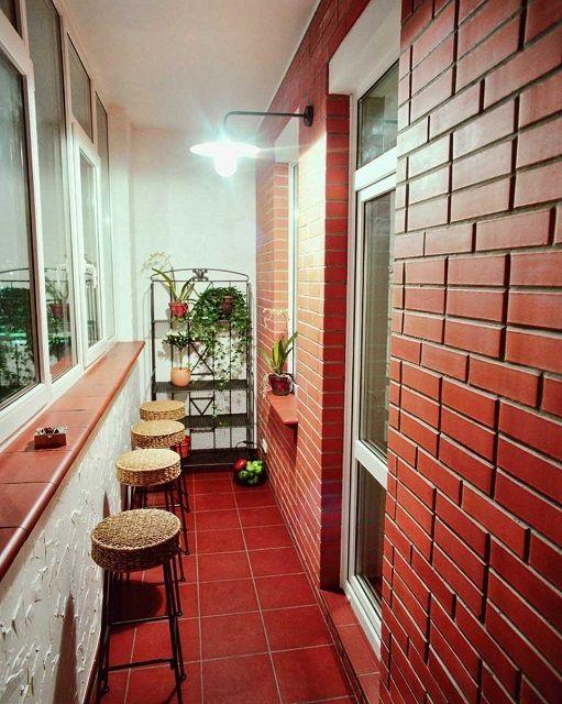 Для некоторых стилей, например, лофт, имитация кирпичной кладки является оптимальным решением отделки стен