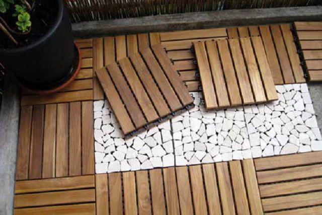Садовый паркет легко укладывается и демонтируется по мере надобности