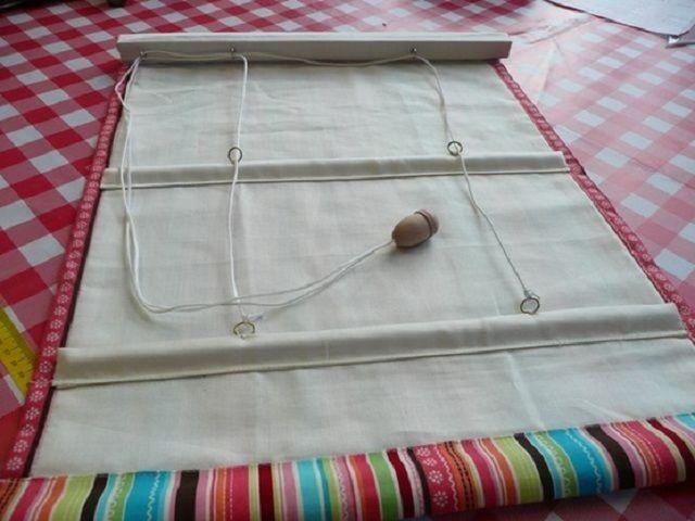 Обладая некоторым опытом рукоделия, римские шторы можно изготовить и самостоятельно