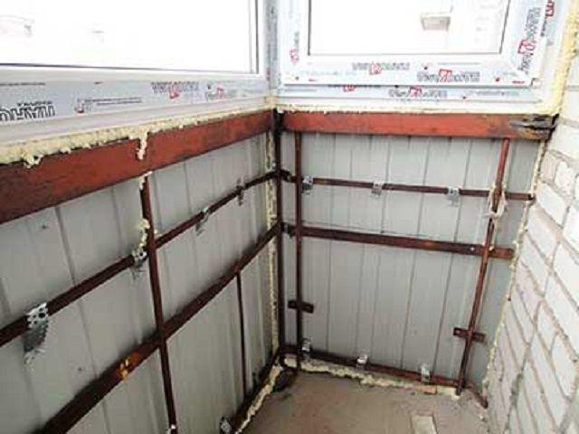 Отделка балкона металлопрофилем своими руками.