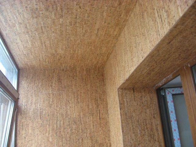 Отделка балкона натуральной пробкой – «дорогое удовольствие», но дающее немало преимуществ