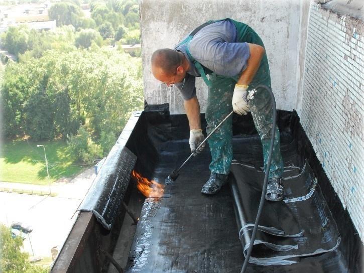 Гидроизоляция балконной плиты сверху, с использованием рубероида по «горячей» технологии