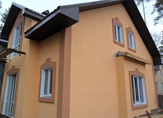 Стены, покрытые силиконовой штукатуркой, отлично самоочищаются при любом дожде