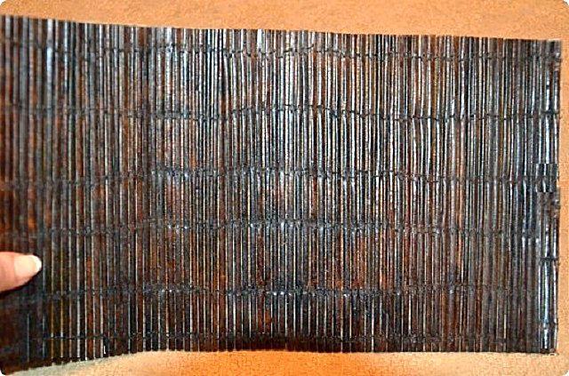 Даже не верится, что это – вовсе не какой-то экзотический бамбук, а обыкновенная газетная бумага