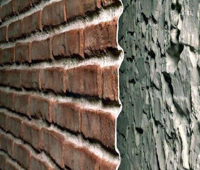 Подобная облицовка способна замаскировать даже самые неровные стены – отпадает необходимость их тщательно, до гладкости, штукатурить и шпатлевать