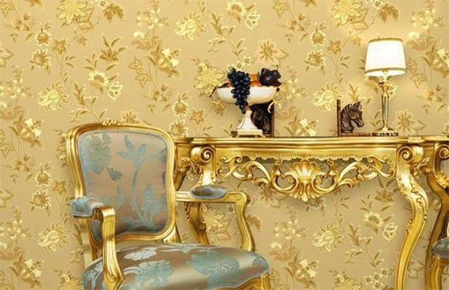 «Богатое» оформление стен в дворцовом стиле