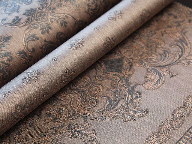 Очень красивой будет отделка стен текстильными обоями