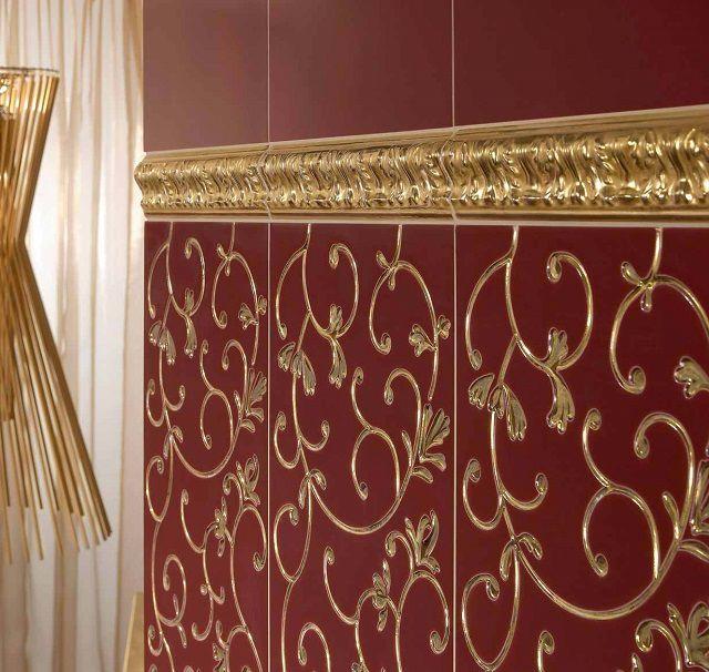 Роскошное оформление – матовая неглазурованная поверхность плитки с рельефными узорами под благородный металл