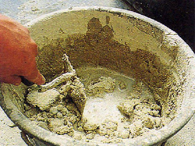 Известковый раствор – долгое застывание и невысокая прочность покрытия