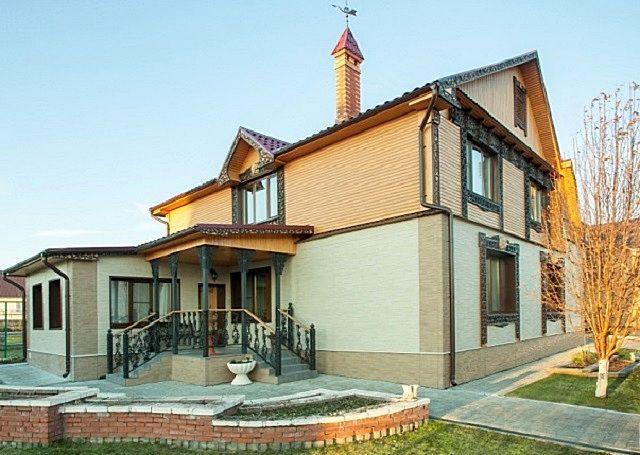 Жилой дом, облицованный фиброцементными панелями «Краспан»